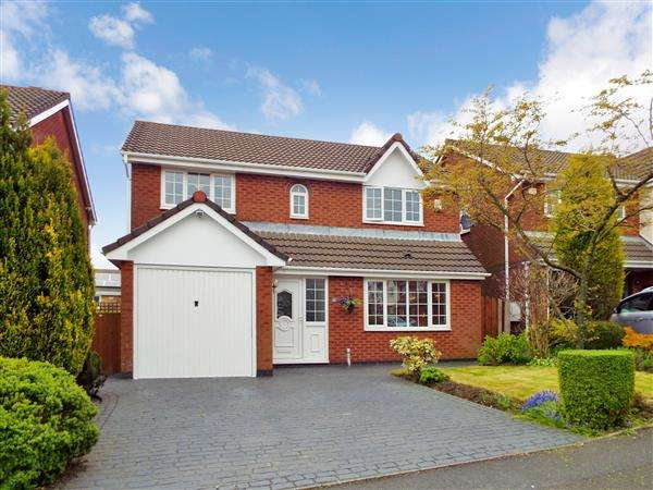 4 Bedrooms Detached House for sale in Hurst Meadow, Rochdale
