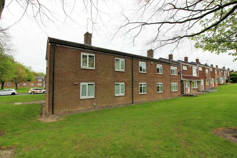 2 Bedrooms Flat for sale in Ernest Clarke Close, Willenhall