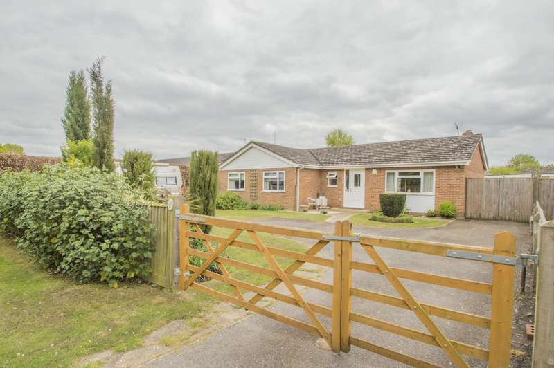 3 Bedrooms Detached Bungalow for sale in Drayton Road, Dorchester-On-Thames, Wallingford, OX10