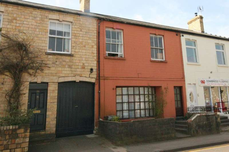 3 Bedrooms Terraced House for sale in Eastgate, Cowbridge. Vale of Glamorgan. CF71 7DG