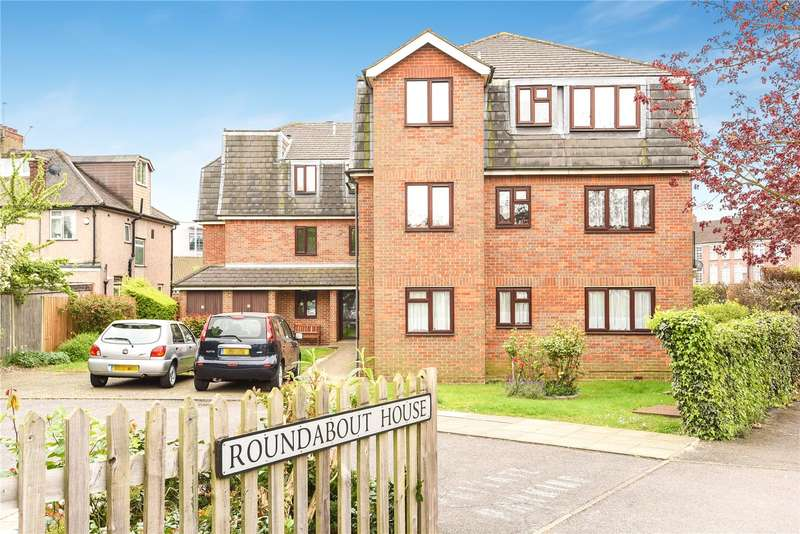 1 Bedroom Retirement Property for sale in Roundabout House, Pinner Road, Northwood, HA6