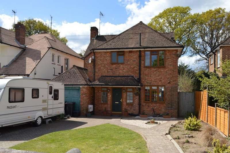 4 Bedrooms Detached House for sale in Knebworth Road, Bexhill-on-Sea, TN39