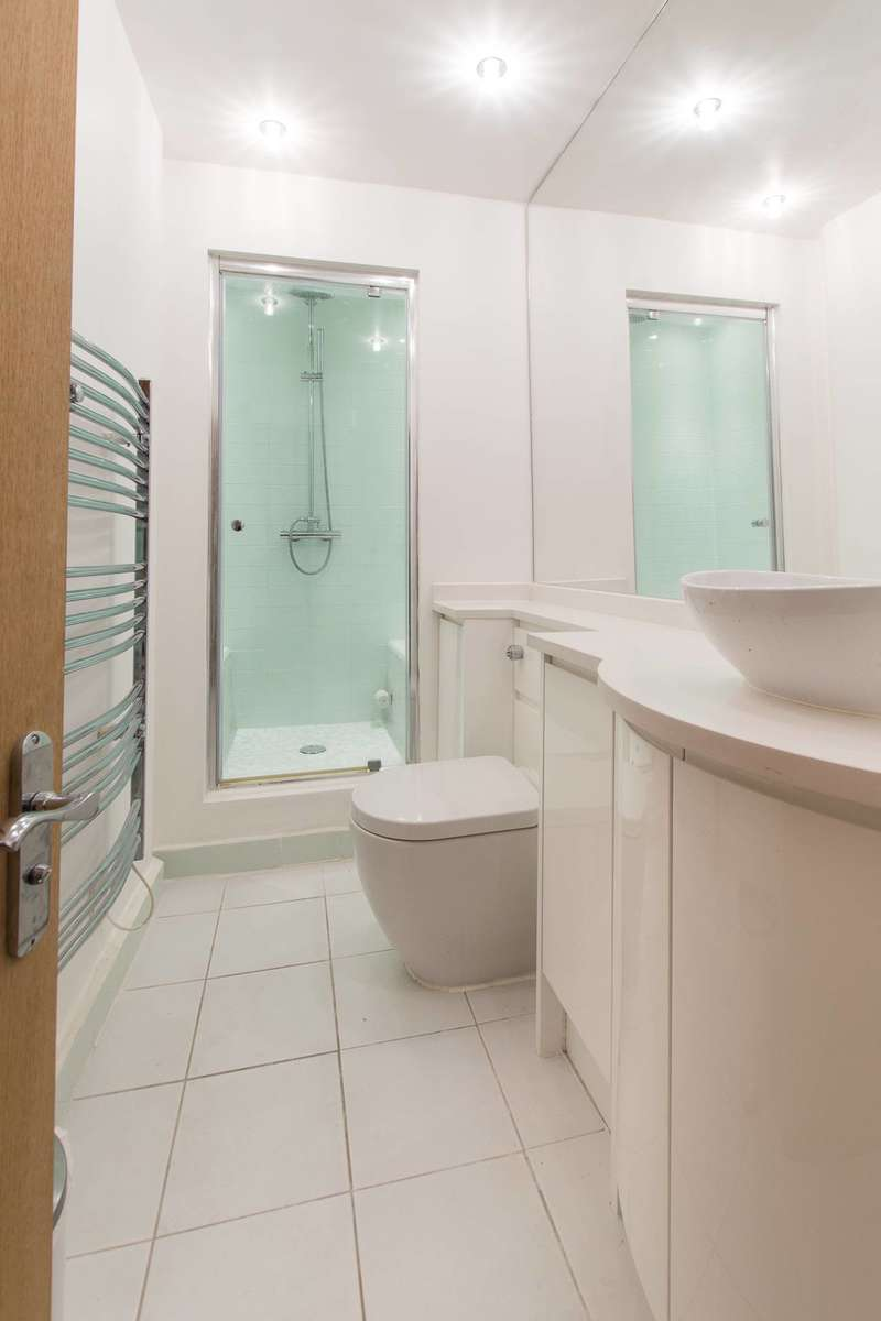 Studio Flat for sale in Onslow Gardens, South Kensington, SW7