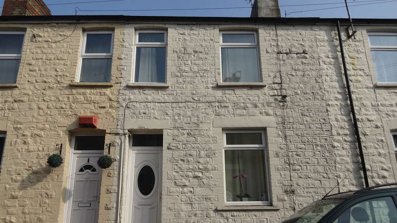 2 Bedrooms Terraced House for sale in Abingdon Street, Barry