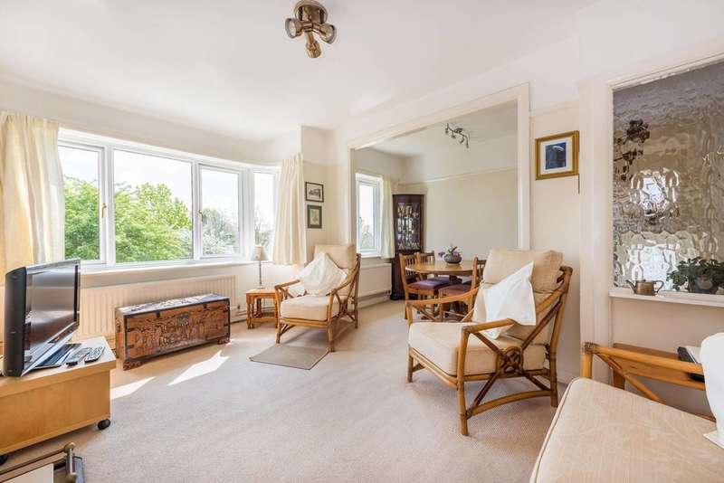 2 Bedrooms Maisonette Flat for sale in Cavendish Avenue, West Ealing, W13