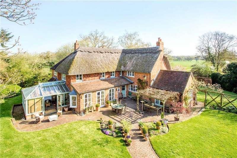 4 Bedrooms Detached House for sale in Pot Lane, Old Basing, Basingstoke, Hampshire, RG24