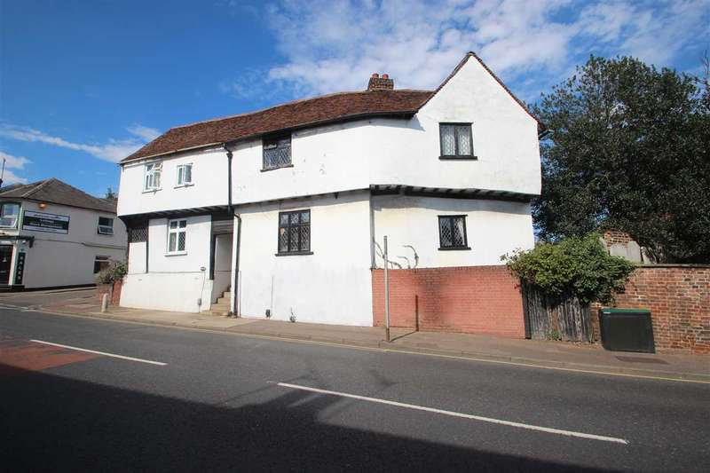 3 Bedrooms Link Detached House for sale in Hythe Hill, Colchester