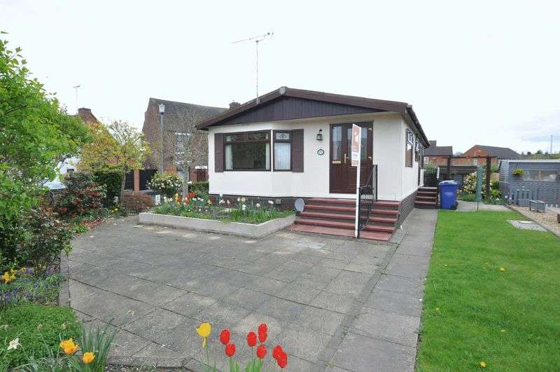 2 Bedrooms Detached Bungalow for sale in Riverside Park, Wetmore Lane, Burton-On-Trent