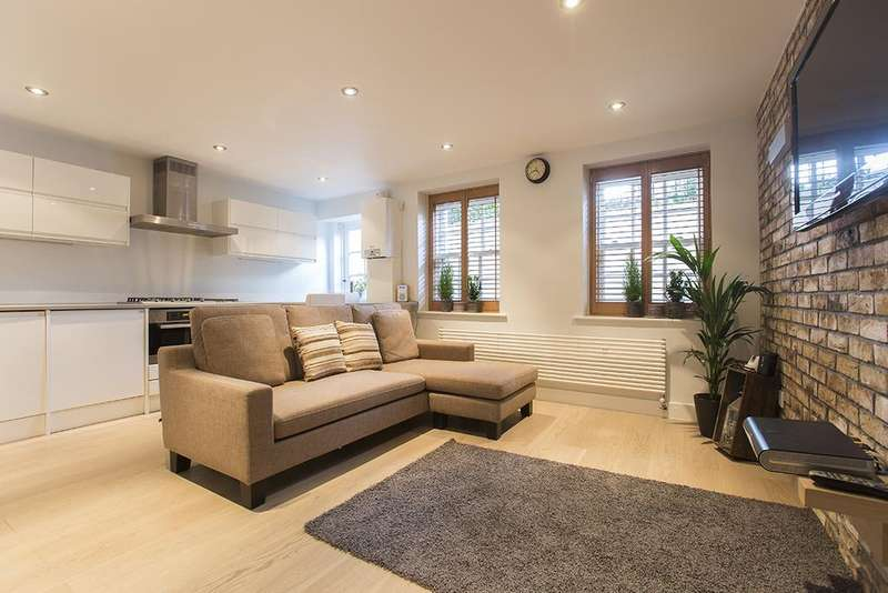 1 Bedroom Apartment Flat for sale in Hackney Road, Tower Hamlets, London E2