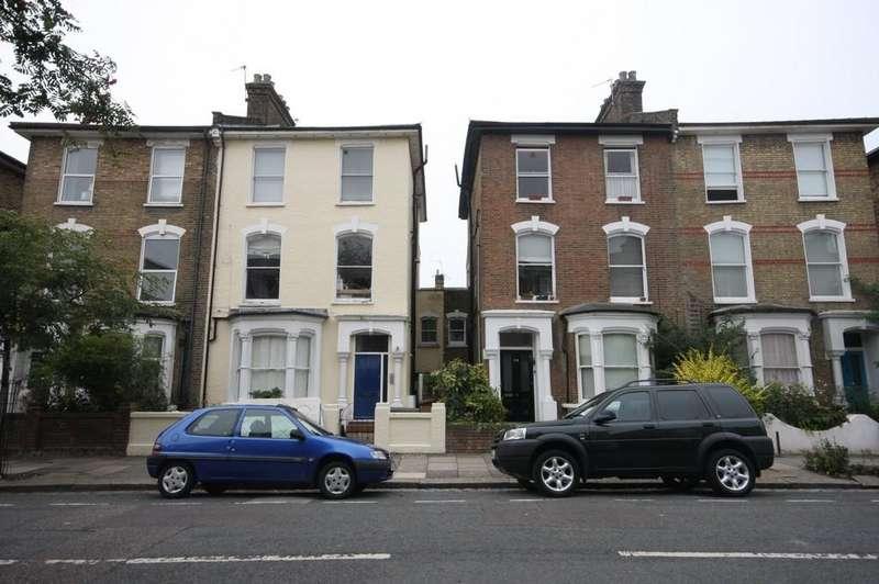 1 Bedroom Ground Flat for sale in Wilberforce Road, N4 2SR