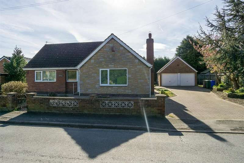 3 Bedrooms Detached Bungalow for sale in Sunk Island Road, Ottringham, East Riding of Yorkshire