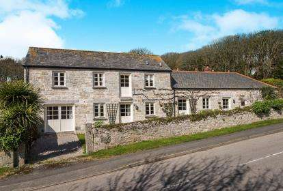 4 Bedrooms Barn Conversion Character Property for sale in Praa Sands, Penzance, Cornwall