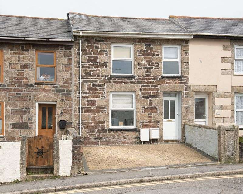 3 Bedrooms Terraced House for sale in Redruth Town
