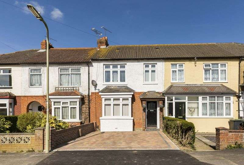 3 Bedrooms Terraced House for sale in Victoria Avenue, Waterlooville