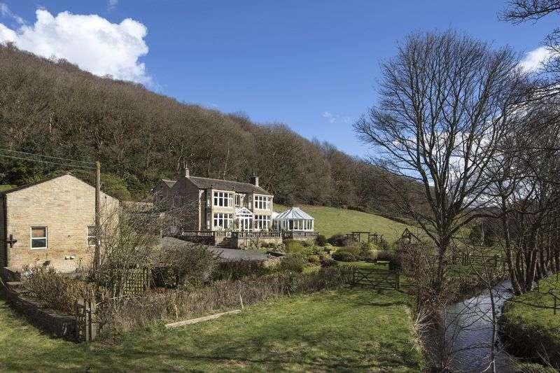 4 Bedrooms Property for sale in The Stubbings, Lea Lane, Between Honley & Netherton