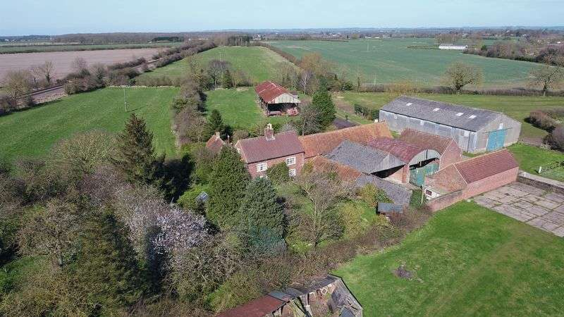 3 Bedrooms Detached House for sale in Willow Tree Farm, Lissington Road, Wickenby