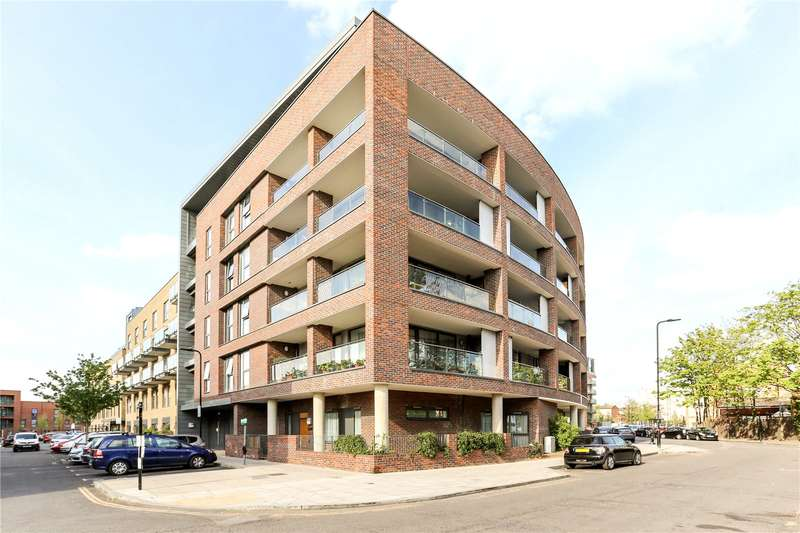 1 Bedroom Flat for sale in Ashmead House, Tewkesbury Road, Ealing, W13