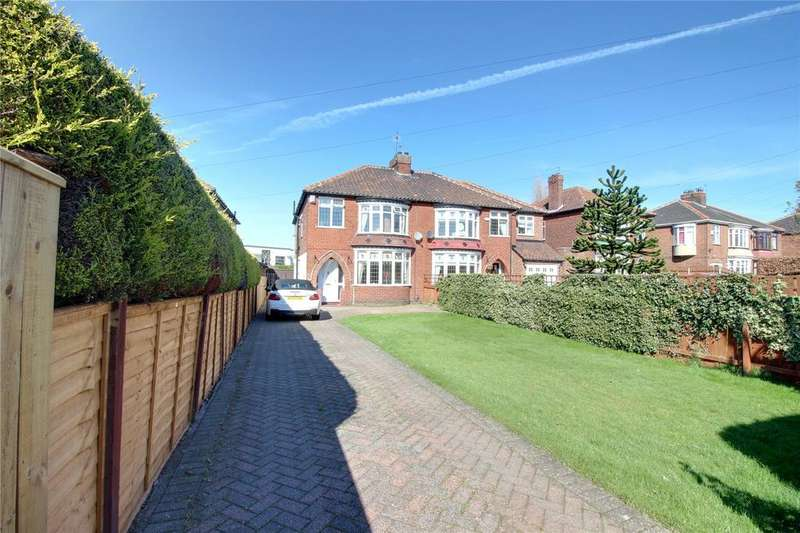 4 Bedrooms Semi Detached House for sale in Normanby Road, Ormesby