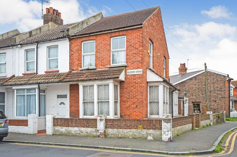 1 Bedroom Flat for sale in Albion Road, Eastbourne, BN22