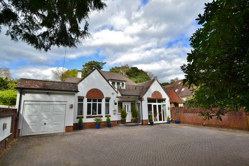 4 Bedrooms Detached House for sale in Queens Park Avenue