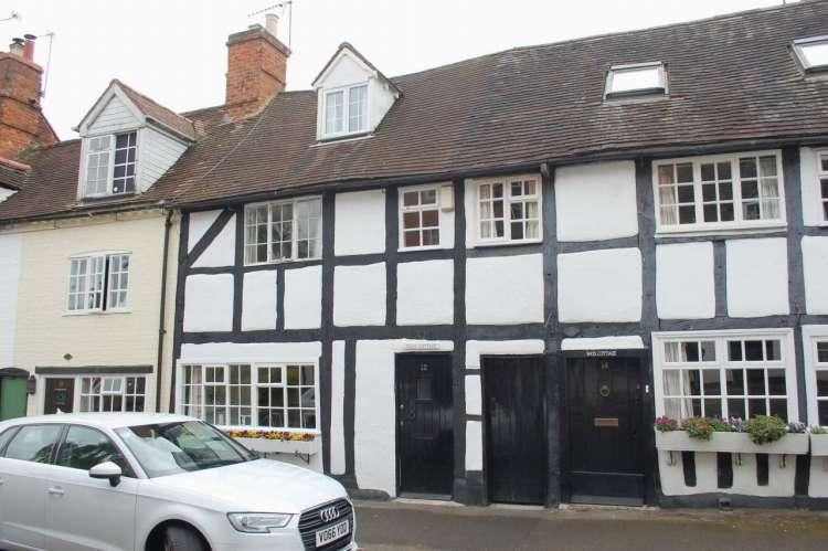4 Bedrooms Property for sale in Bleachfield Street Alcester