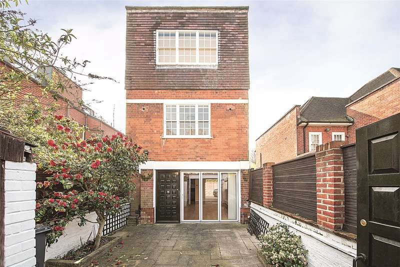 3 Bedrooms Detached House for sale in Netherhall Gardens, Hampstead, London, NW3