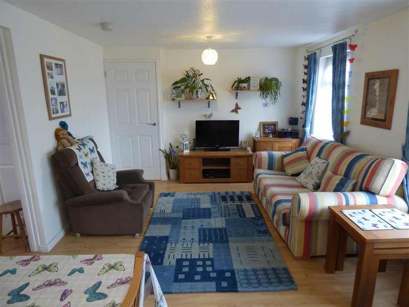 2 Bedrooms Maisonette Flat for sale in Southwood Road, Dunstable