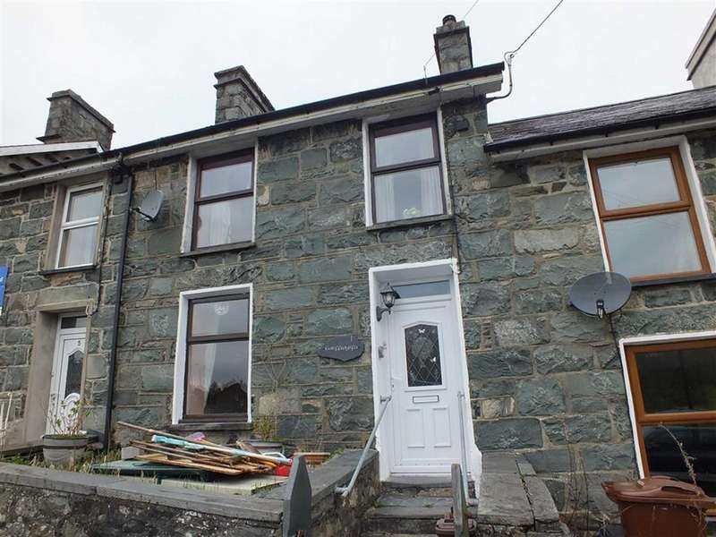 3 Bedrooms Cottage House for sale in 6 Fron Galed, Trawsfynydd