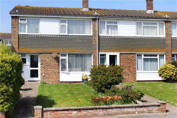 3 Bedrooms End Of Terrace House for sale in Norfolk Gardens, Littlehampton, West Sussex, BN17