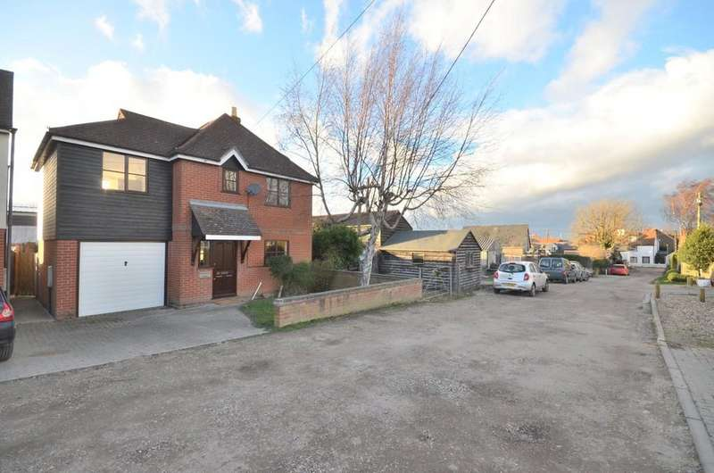 3 Bedrooms Detached House for sale in City Road, West Mersea