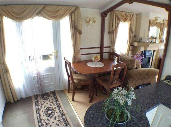 2 Bedrooms Park Home Mobile Home for sale in Barnhorn Road, Bexhill On Sea, TN39