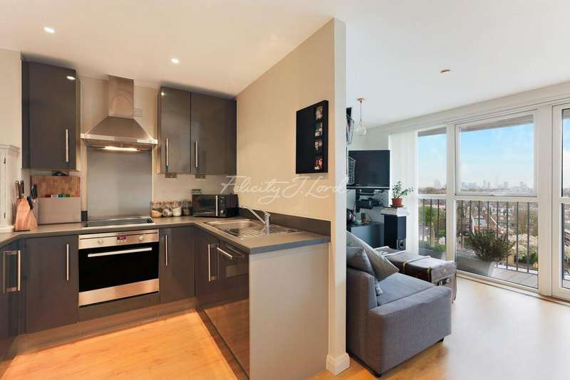 1 Bedroom Flat for sale in Queensland Road, Islington, N7
