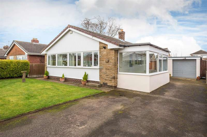 3 Bedrooms Detached Bungalow for sale in Sandway Avenue, Thorpe Willoughby, Selby, YO8