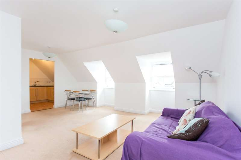 1 Bedroom Flat for sale in Denison Hall, 52 Hanover Square, Leeds, West Yorkshire, LS3