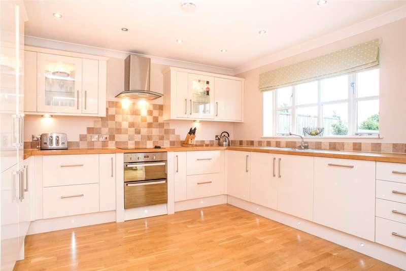 4 Bedrooms Detached House for sale in Main Street, Wheldrake, York, YO19