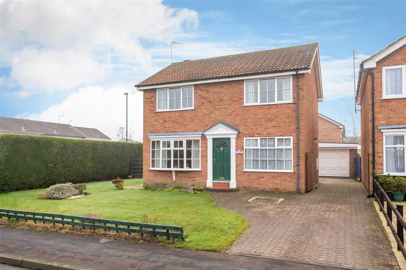 4 Bedrooms Detached House for sale in Stirrup Close, York, YO24