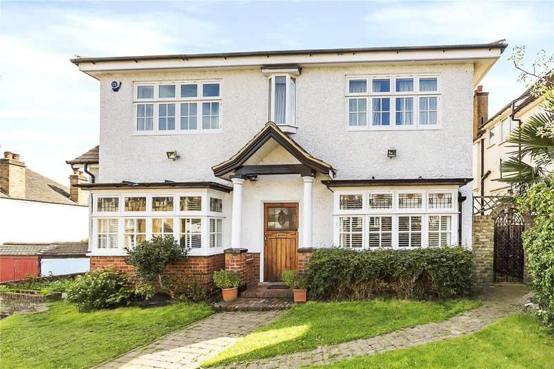 5 Bedrooms Detached House for sale in Beaconsfield Road, London, SE3