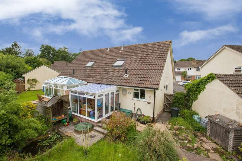 2 Bedrooms Semi Detached House for sale in Kiln Close, Bovey Tracey