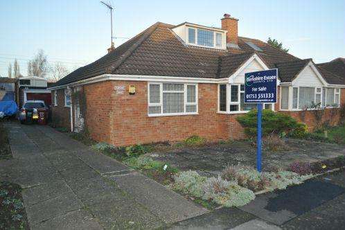 3 Bedrooms Semi Detached Bungalow for sale in Alderbury Road, Langley
