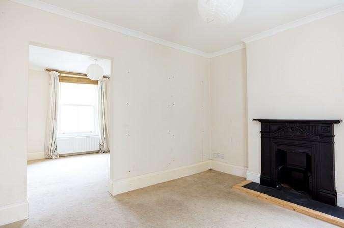 3 Bedrooms Semi Detached House for sale in Acreman Street, Sherborne