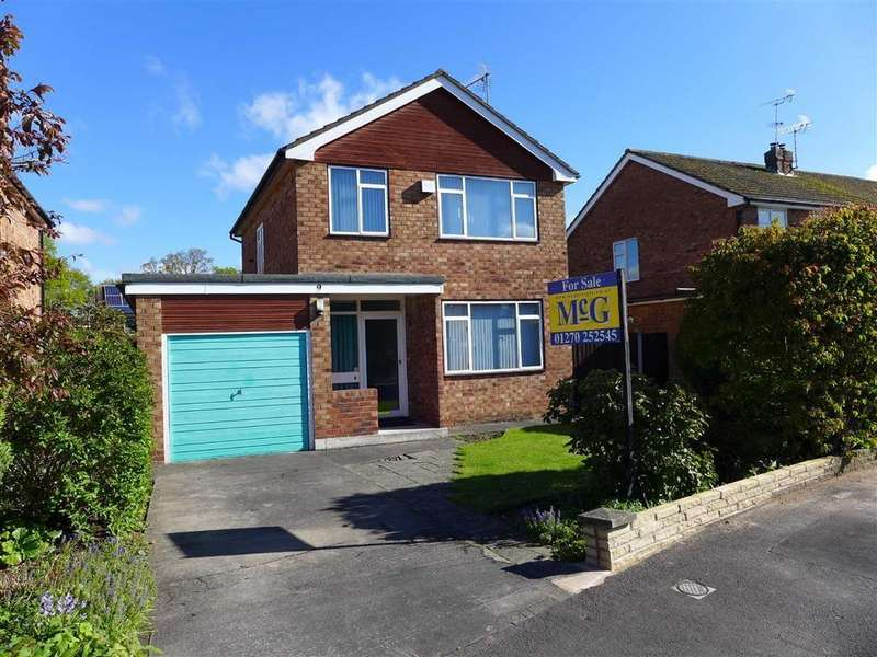 3 Bedrooms Detached House for sale in Strathaven Avenue, Wistaston, Crewe
