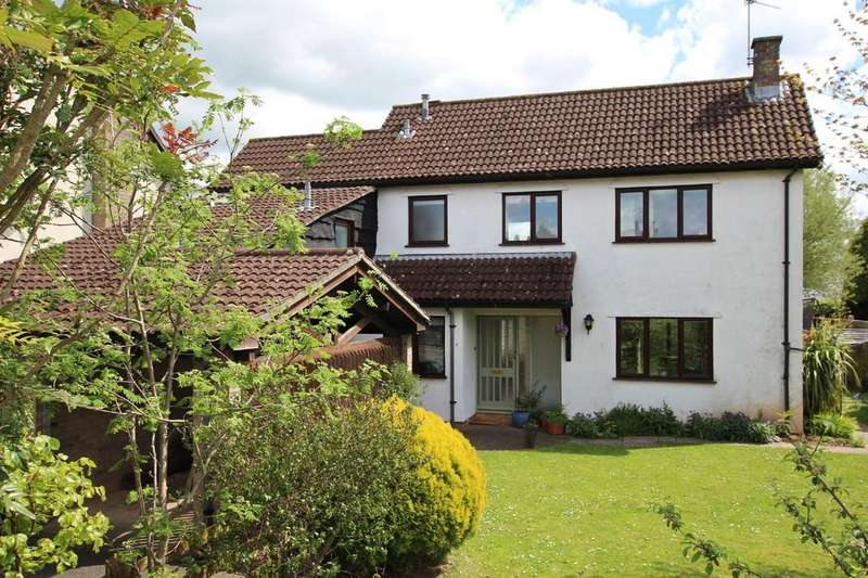 4 Bedrooms Detached House for sale in Garstons Close, Wrington