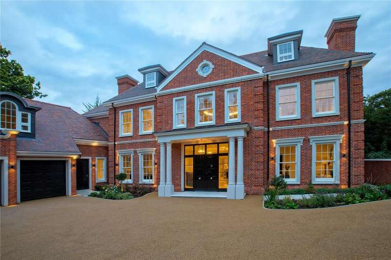 7 Bedrooms Detached House for sale in Coombe Hill Road, Kingston upon Thames, Surrey, KT2