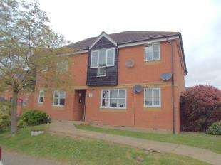 2 Bedrooms Flat for sale in Surtees Close, Willesborough, Ashford, Kent