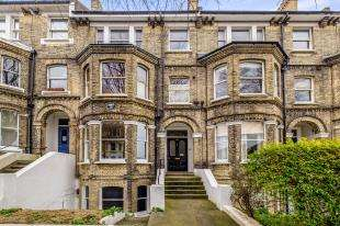 2 Bedrooms Flat for sale in Denmark Villas, Hove, East Sussex