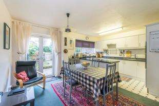 3 Bedrooms Terraced House for sale in Westhill Close, Gravesend, Kent, Gravesend