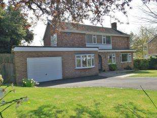 4 Bedrooms Detached House for sale in Theobalds, Hawkhurst, Cranbrook, Kent