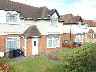 2 Bedrooms Semi Detached House for sale in Stonehall, Lydden, Dover, Kent