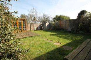 3 Bedrooms End Of Terrace House for sale in Tilbury Close, Orpington, Kent