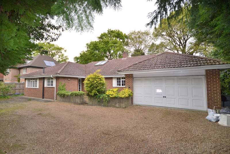 3 Bedrooms Detached Bungalow for sale in Woking